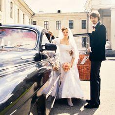 Algo #viejo… Demuestra el sentido de #continuidad en la vida. Simboliza la #conexión de la novia con su pasado.