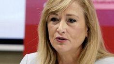 La delegada del Gobierno en Madrid, herida grave en accidente de moto