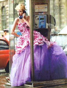 Dior Haute Couture - Alexandra Tretter by Alexei Hay for Elle Italia November 2010 Dior Haute Couture, Couture Mode, Couture Fashion, Foto Fashion, High Fashion, Fashion Shoot, Mode Editorials, Fashion Editorials, Vogue