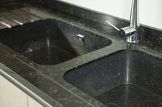 This quartz sink is so stylish, it almost makes you feel bad to do the washing up. Worktop Inspiration, Quartz Sink, Composite Sinks, Solid Surface, Kitchen Remodel, How To Make, Home Decor, Integrity, Amazing