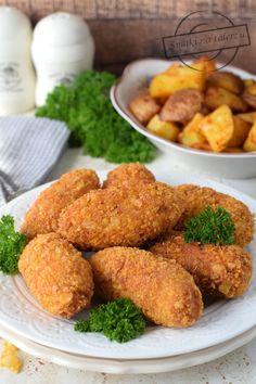 Chrupiące paluszki z kurczaka + pieczone ziemniaczki – Smaki na talerzu Croissants, Chicken Wings, Food And Drink, Cooking Recipes, Meals, Ethnic Recipes, Meal Ideas, Funny, Recipe