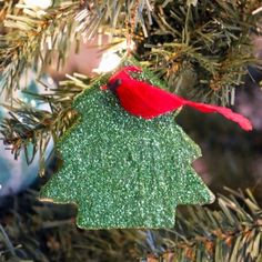 DIY Christmas tree ornaments are the way to go this year - head over to #blitsy to check out all the supplies! #blitsybuys