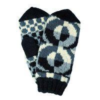 The Tasaras mittens by Minna Ahonen, design for Taito Pirkanmaa, crafts shop and retailer representing Central Finland for Finnish National Crafts Association | Tasarasa, musta-valkoinen (9510)