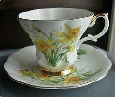 Royal Albert tea cup Daffodils