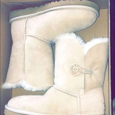 Ugg boots Short Bailey button sand color UGG Shoes Winter & Rain Boots