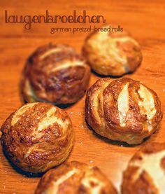 Laugenbroetchen - German Pretzel Rolls | blog.hostthetoast.com