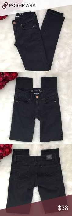American Eagle Super Stretch Skinny Jeans 00S The most perfect & comfortable skinny jeans available! Super stretch denim that's super soft.     Color is a slightly faded black.  Excellent condition, only worn once.  Button closure with zip fly.  Machine wash.  99% cotton 1% spandex.  Size 00 Short. American Eagle Outfitters Jeans Skinny