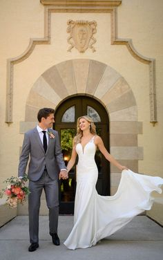Lace Wedding Dress, Long Sleeve Wedding, Dream Wedding Dresses, Designer Wedding Dresses, Wedding Gowns, Wedding Designers, Backless Wedding, Dress Lace, Wedding Attire