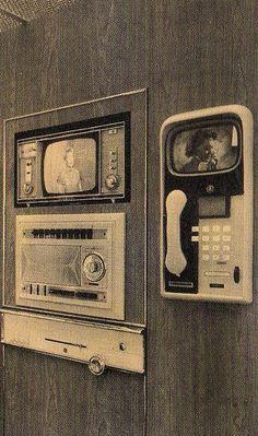 Retro-Futuristic, Monsanto Home Of The Future Phone