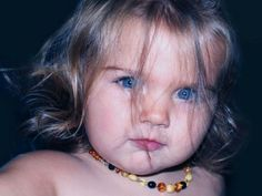 Amber alert! Warnings for parents using amber teething necklaces - Parent Exchange