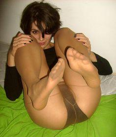 Amateur Pantyhose Girls : Photo