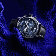 Fifty Fathoms Bathyscaphe BUCHERER BLUE, ceramic, 43 mm, in-house automatic movement, date display, chronograph with flyback function, small-seconds subdial, 50-hour power reserve. Fifty Fathoms, Chronograph, Diving, Display, Watches, House, Stuff To Buy, Accessories, Clock Art
