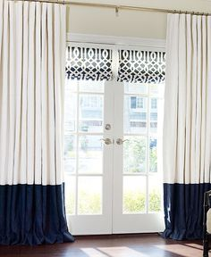 Ooooo, I never thought to put Roman shades on our French doors (even though we put one on our balcony door in our room). Must do on new set of French doors going in dining room! @ DIY Home Design French Door Curtains, Curtains With Blinds, Roman Blinds, Drapery Panels, Blinds For French Doors, White Curtains, Window Blinds, Valances, Window Treatments French Doors