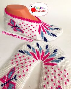 Viking Tattoo Design, Viking Tattoos, Sunflower Tattoo Design, Crochet Shoes, Homemade Beauty Products, Pretty Shoes, Foot Tattoos, Baby Knitting Patterns, Baby Booties