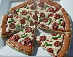 Pizza Cake/Cookies ~ A good idea for a Ninja Turtles party theme....@Debbie Arruda Stein this would of been cute for tomorrow. Lol