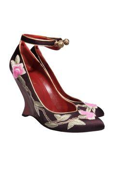 #YvesSaintLaurent #heels #pumps #fashion #vintage #secondhand #mode #clothes #accessories #onlineshop #mymint