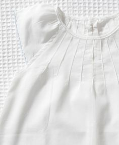 Pintucks and cap sleeves. Perhaps for girls' nightgowns? So, so sweet. Little Girl Outfits, Baby Outfits, Cute Fashion, Kids Fashion, White Nightgown, Vintage Baby Clothes, Kids Wardrobe, Baby Couture, Girls Dress Up