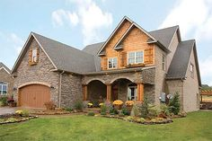 Craftsman Style House Plan - 4 Beds 3 Baths 2470 Sq/Ft Plan #17-2131 Exterior - Front Elevation - Houseplans.com