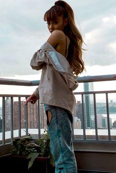 "honeymoonbabee: "" ""Ariana Grande's Brett Erickson NY Photoshoot "" "" Ariana Grande Fotos, Ariana Grande Images, Ariana Grande Outfits, Ariana Grande Cute, Divas, Ariana Grande Wallpaper, Dangerous Woman, My Idol, Instagram"