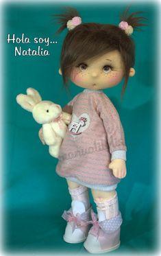 tutorial en mi canal manualilolis Teddy Bear, Toys, Handmade, Animals, Doll Hair, Fabric Dolls, Happy, Girl Doll Clothes, Little Girl Clothing