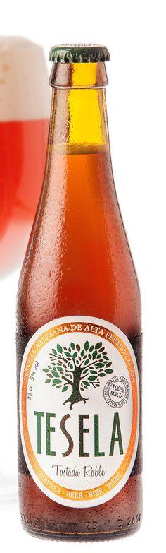 Una cerveza artesana, una tierra. Tostada Roble de Tesela, de Burgos, claro. Una cerveza que no te dejará indiferente; y repetirás!!