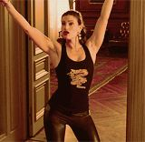 * Rent Idina Menzel Maureen Johnson take me or leave me is so fucking bamf-y in this film idina sings the shit out of this KISS POOKIE XOXO Rent Musical, Musical Film, Musical Theatre, Theatre Geek, Theatre Quotes, Theater, Rent Costumes, Jonathan Larson, Theatre Problems