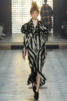 Vivienne Westwood RTW Fall 2014 - Slideshow - Runway, Fashion Week, Fashion Shows, Reviews and Fashion Images - WWD.com