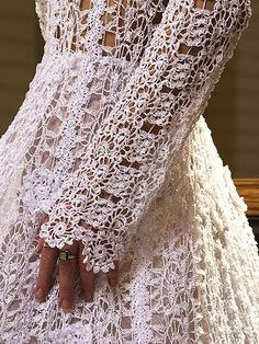 Dresses, Vintage Crochet Wedding Dresses: Knitted crochet wedding dresses - mysterious charm and unique beauty NO PATTERN Crochet Motifs, Crochet Lace, Crochet Patterns, Crochet Tops, Crochet Granny, Stitch Patterns, Knitting Patterns, Tunic Dress Patterns, Pinterest Crochet