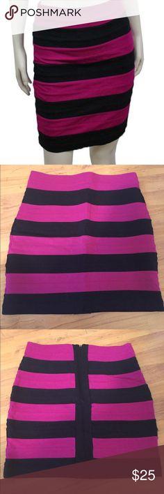 🆕 NWOT EXPRESS purple striped bandage skirt Beautiful express bandage skirt. Purple stripe, high waisted. Super sexy! Express best seller! NWOT!! Express Skirts