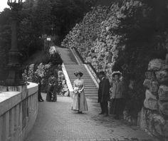 Szent Gellért szobor alatti híd a vízesésnél.