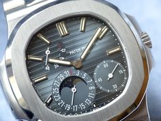 Patek Philippe Nautilus ref. 5712. One of the Most Iconic Nautilus Models. — WATCH COLLECTING LIFESTYLE