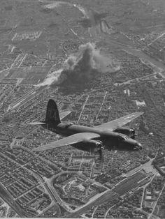 BOMBING,FLORENCE 1944