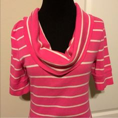 🔴CLEARANCE Express long pink top! So cute! The pictures speak for themselves! Throw this on with a pair of leggings and you are ready to go! Perfect for Fall! Like New condition! Love this! Wish it were a Large! I can't believe it's lasted more than a day on here! I think it's one of the cutest pieces!! Express Sweaters