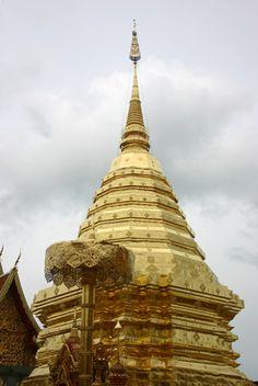 Gold Chedi ,Thailand | EZISTOCK Blog