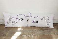 Cojines parejiles personalizados, regalo de boda para Diego & Ana by malonsilla