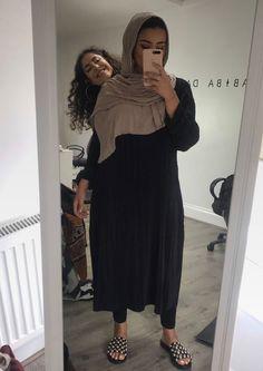 Modest Fashion, Hijab Fashion, Style Fashion, Smart Casual, Jumper, Neutral, Monochrom, Hijab Outfit, Casual Wear