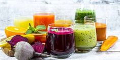 10 succhi dimagranti e depuranti da fare con l'estrattore Juice recipes to be made with the extractor with diuretic, detox … Dietas Detox, Smoothie Detox, Best Detox, Skin Detox, Detox Tips, Healthy Detox, Healthy Drinks, Healthy Food, Detox Organics