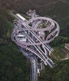 """regram Hisashimichi interchange is a Japan's highway junction system design that is seriously impressive to be notice. This amazing and crazy """"spaghetti-like"""" creation of engineering was built at Takao area in Hachioji Tokyo Japan Photo by Futuristic Architecture, Amazing Architecture, Beautiful Roads, Beautiful Places, Places To Travel, Places To Go, Travel Destinations, Places Around The World, Around The Worlds"""