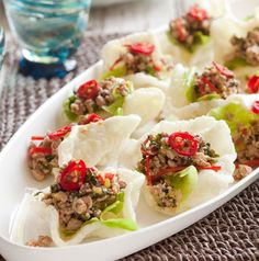 Duck larb with prawn crackers