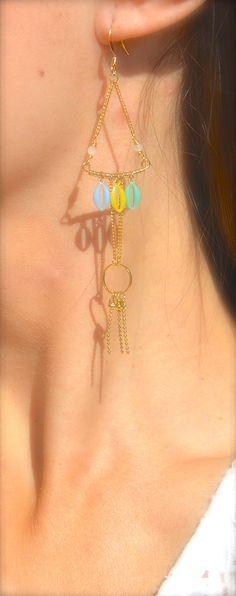 Boucles d'oreille anneau et tige doré, grain de café émaillé bleu, turquoise et vert lime -Bijoux ENORA-