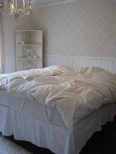Vaalea makuuhuone