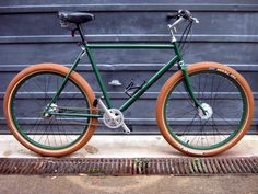 Well this has to be one of my favourite sites full of all kinds of inspiration and help. Mtb Bicycle, Bicycle Tires, Bmx Bikes, Cool Bikes, Velo Retro, Retro Bikes, Bike Horn, Off Road Bikes, Urban Bike