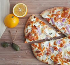 Smoked Salmon Pizza w/ Red Onion & Capers - I Breathe... I'm Hungry...