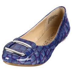 @Overstock - Accent your wardrobe with these stylish flats from Sam & Libby, featuring a crocodile-inspired upper construction. A slight 0.5-inch heel, and a buckle accent at the toe also highlight these stunning flats. http://www.overstock.com/Clothing-Shoes/Sam-Libby-Womens-Goal-Blue-Flats/6455394/product.html?CID=214117 $35.09