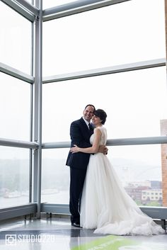 Science theme wedding at Science Museum of Minnesota. MN Wedding Planner, MN Wedding Designer