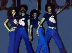 Jody Whatley,Tyrone Proctor,Sharon Hill & Jeffrey Daniel,then Soul Train Dancers, Vintage Black Glamour, Hip Hop Dance, Love Blue, 70s Fashion, Black Is Beautiful, Sharon Hill, African, Dancing