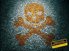 Photographer Sharad Haksar collected thousands of cigarette butts to spell out anti-smoking messages. He arranged them into images including a skull and crossbones Smoking Kills, Anti Smoking, Trying To Lose Weight, Reduce Weight, Nicotine Addiction, Love Handle Workout, Love Handles, Body Love, Skull And Crossbones