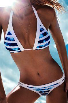 »Halter Color Block Tie-Up Bikini Set« #swimwear #swimsuit #bikini