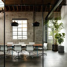 Interior Office Plant Design #Working Design #Working Decor #Office Design| http://crazyofficedesignideas302.blogspot.com