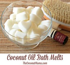 Coconut Oil Uses - Coconut Oil Bath Melts www. 9 Reasons to Use Coconut Oil Daily Coconut Oil Will Set You Free — and Improve Your Health!Coconut Oil Fuels Your Metabolism! Diy Lush, Diy Spa, Bath Bombs, Shower Bombs, Diy Para A Casa, Diy Cadeau Noel, Bath Melts, Coconut Oil Uses, Coconut Oil Soap